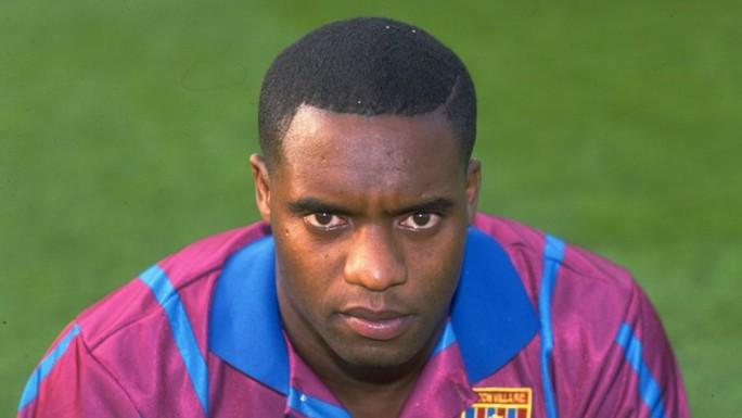 Cựu cầu thủ Aston Villa Atkinson