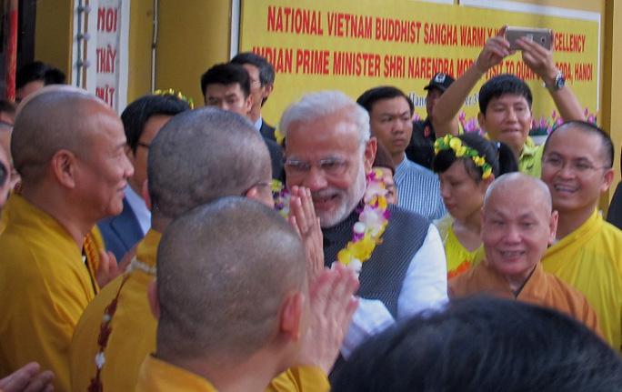Chào mừng hoan hỉ nhân dịp ông đến thăm chùa Quán Sứ), trụ sở Trung ương Giáo hội Phật giáo Việt Nam