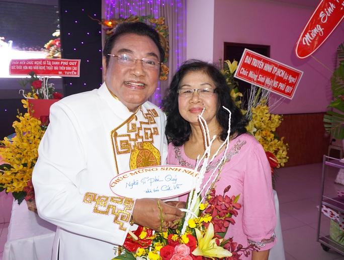 Nhà báo Cát Vũ - người viết bài báo giới thiệu NS Phú Quý những năm đầu ông đến với nghề diễn viên