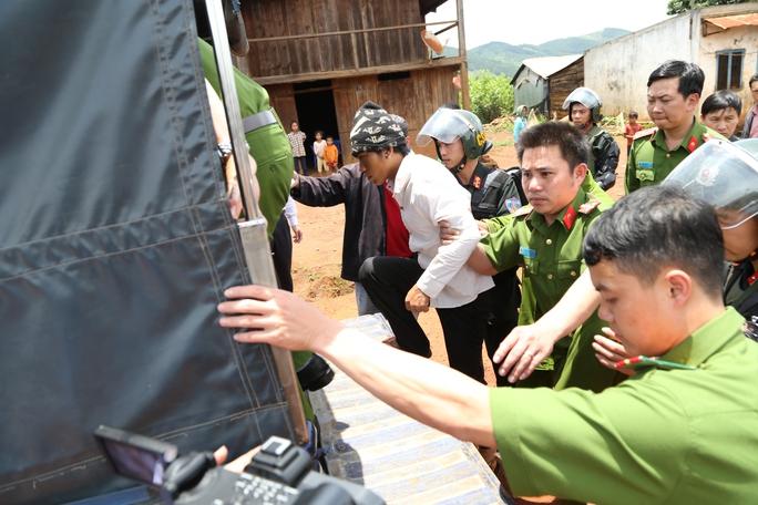 Một trong những nghi phạm liên quan chính trong vụ án giết người, chống người thi hành công vụ tại xã Phi Tô, Lâm Hà, Lâm Đồng.