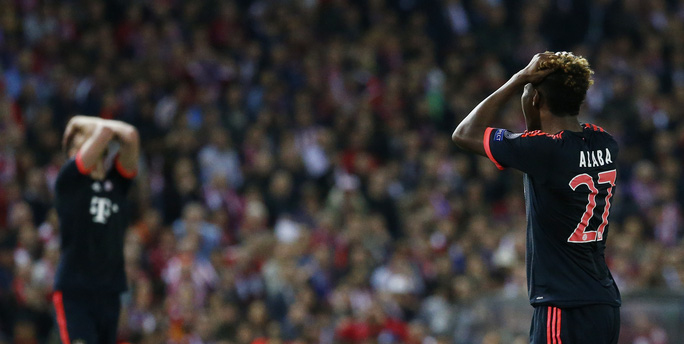 Bayern Munich bất lực trước lối chơi phòng ngự phản công quá lợi hại của Atletico Madrid