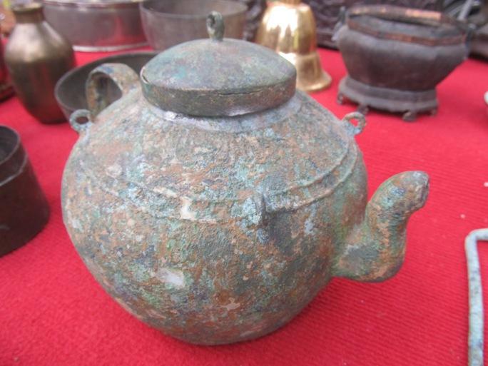 Ấm Hendy Chămpa, niên đại từ thế kỷ 8 đến 12