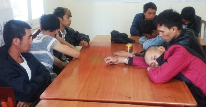 Các đối tượng bị bắt giữ tại Công an TP Đà Lạt