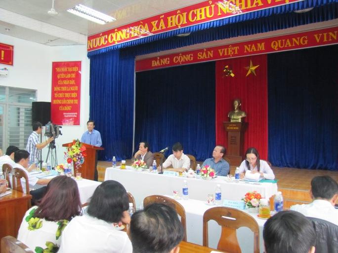 Ông Nguyễn Tự Lĩnh, bí thư tổ 30A cho rằng quyết xây bãi đậu xe sẽ mất lòng dân