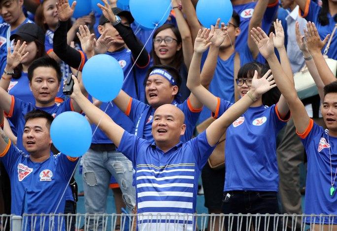 Các CĐV cuồng nhiệt của Than Quảng Ninh sẽ rất vui khi HLV Phan Thanh Hùng dẫn dắt đội bóng đất mỏ