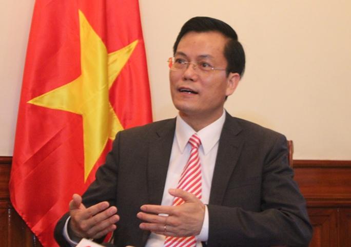 Thứ trưởng Bộ Ngoại giao Hà Kim Ngọc trao đổi với báo chí chiều tối nay 25-5