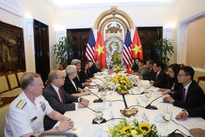 Quang cảnh buổi hội đàm giữa Ngoại trưởng Kerry và người đồng cấp - Ảnh: Lam Phương