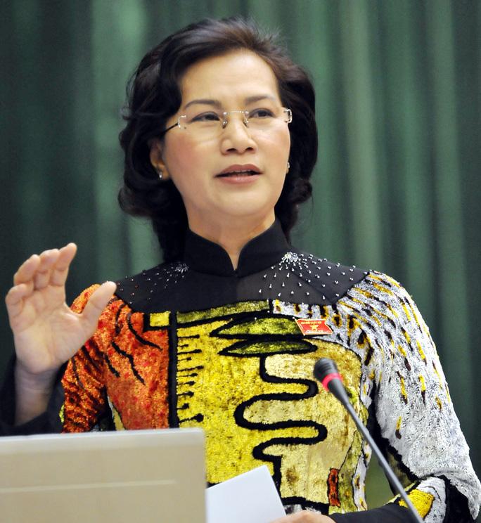 Ủy viên Bộ Chính trị, Phó Chủ tịch QH Nguyễn Thị Kim Ngân được giới thiệu bầu làm Chủ tịch QH