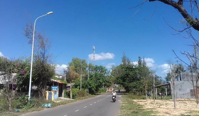 Lưới điện nông thôn đã đưa vào sử dụng gần 15 năm nhưng quyền lợi của người dân xã Tiến Thành vẫn chưa được giải quyết