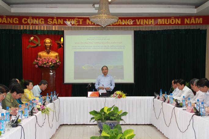 Phó thủ tướng Nguyễn Xuân Phúc làm việc với UBND tỉnh Đồng Nai