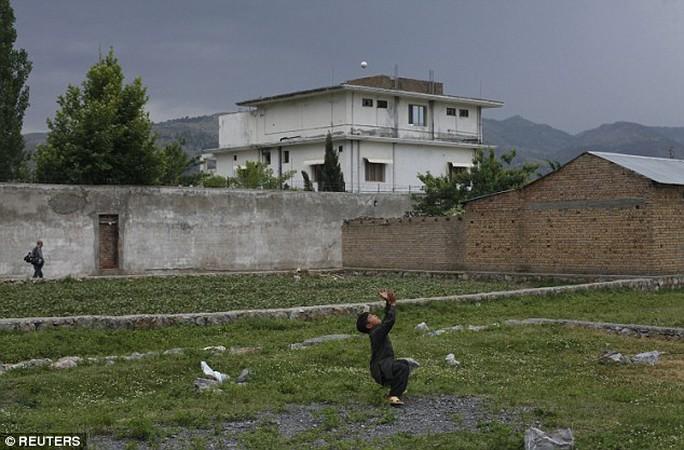 Khu biệt thự nơi Bin Laden ẩn náu ở Pakistan. Ảnh: Reuters