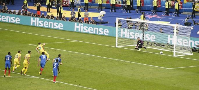 Nhưng Romania đã thi đấu quá kiên cường để gỡ hòa 1-1