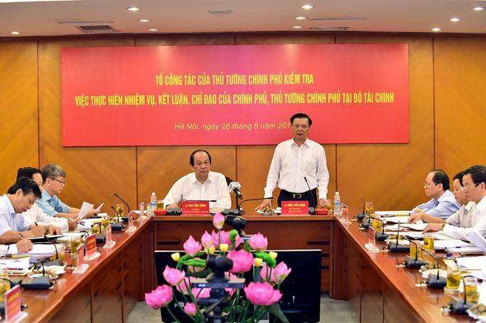 Bộ trưởng Tài chính Đinh Tiến Dũng cho biết quyết tâm đến tháng 11-2016 sẽ hoàn tất dự thảo nghị định đầu tiên về chống chuyển giá