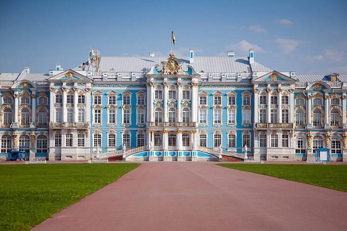Cung điện Catherine được xây dựng vào thế kỷ 18. Ảnh: Shanghaiist