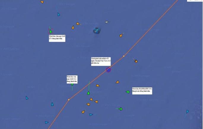 Các phương tiện đang hoạt động tìm kiếm quanh khu vực máy bay CASA gặp nạn - Ảnh: MRCC