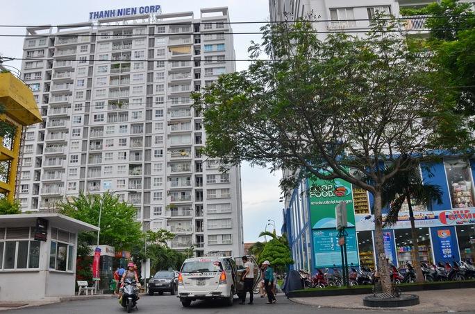 Cư dân ở chung cư The Harmona (quận Tân Bình, TP HCM) vẫn chưa được cấp giấy chủ quyền nhà do chủ đầu tư đem chung cư đi thế chấp Ảnh: TẤN THẠNH