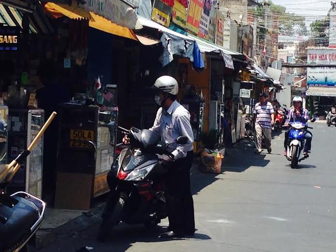 Người dân cho biết đường Lương Hữu Khánh thường xảy ra cướp giật