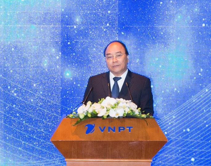 Thủ tướng lưu ý hiện nay trong tập đoàn nhà nước vẫn tồn tại thực trạng người nhà, ăn dơ, sân sau vì vậy VNPT cần tránh.