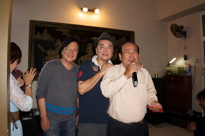 NS Minh Tâm, Viễn Sơn và Giang Châu tại buổi hội ngộ ở nhà NSND Lệ Thủy