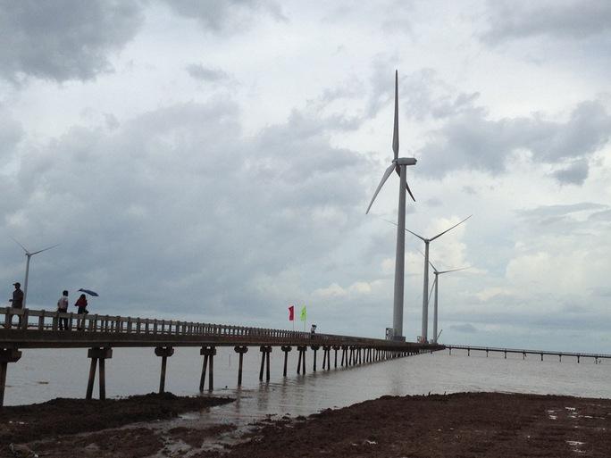 Nhà máy hoàn thành với 62 turbine gió, có tổng công suất 99,2 MW