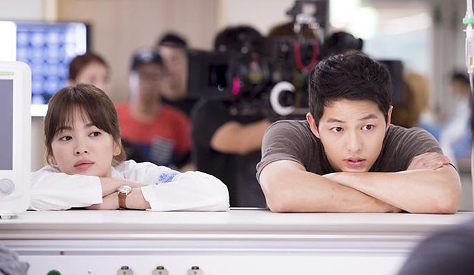 Song Joong Ki – Song Hye Kyo, hai diễn viên chính phim Hậu duệ mặt trời
