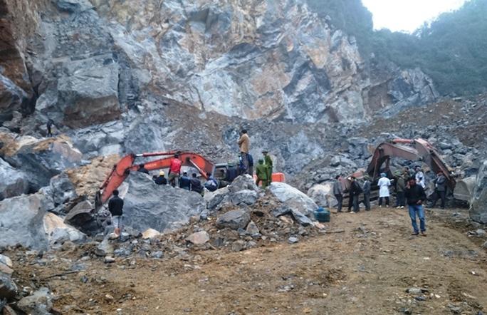 Hiện trường nơi xảy ra vụ sập mỏ đá ở Thanh Hóa
