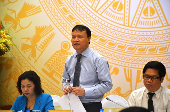 Thứ trưởng Bộ Công Thương Đỗ Thắng Hải tại buổi họp báo chiều 5-5