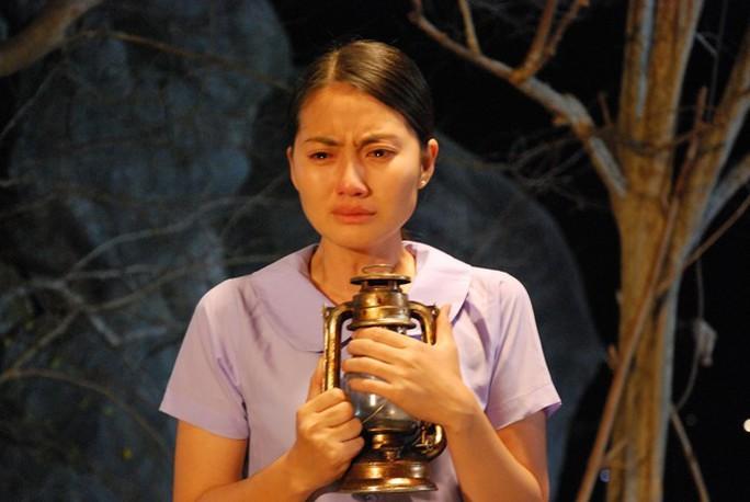 Ngọc Lan đã khiến khán giả khóc với vai Thủy