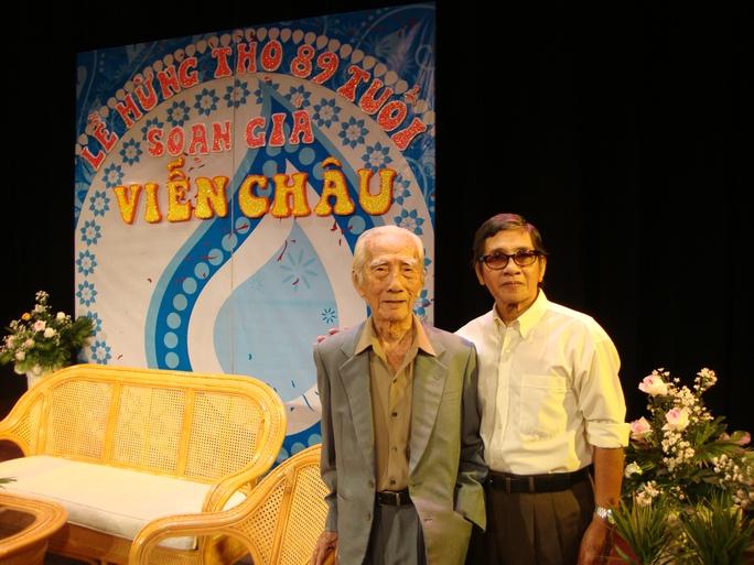 NSƯT Phương Quang và NSND soạn giả Viễn Châu