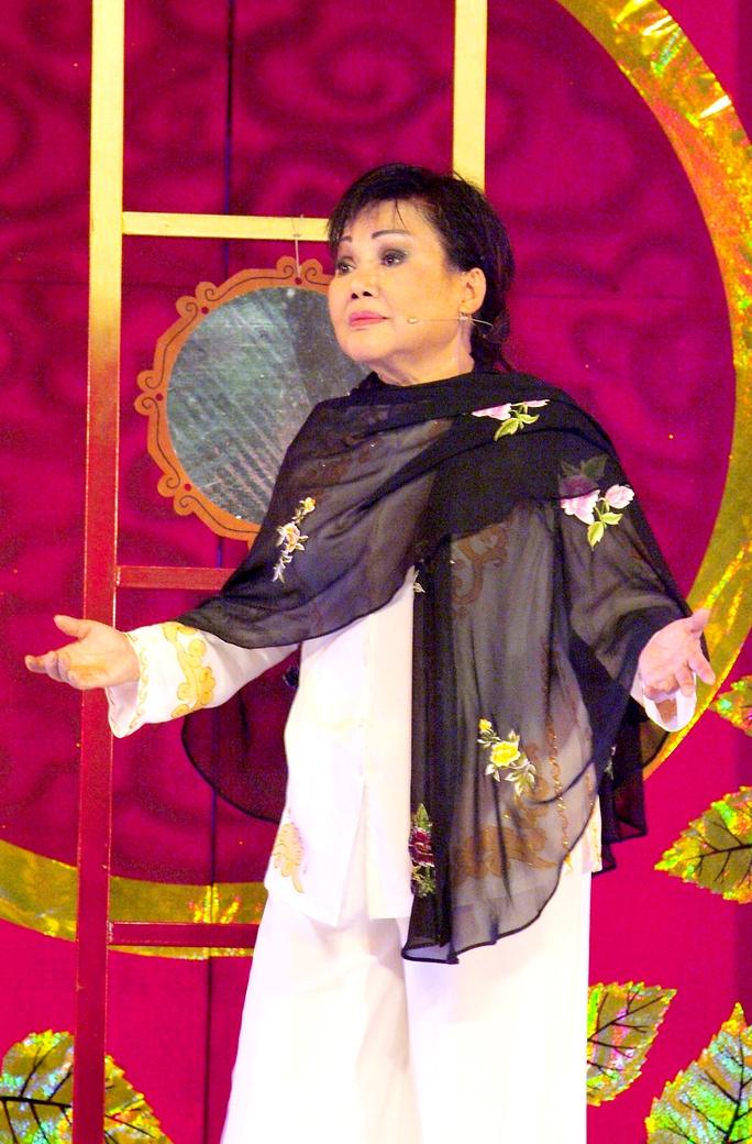 NSND Ngọc Giàu trong live show Khúc tương tư