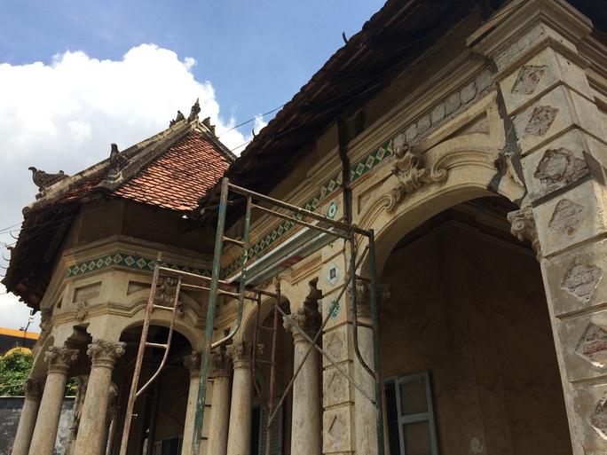 Căn biệt thự 237 Nơ Trang Long (quận Bình Thạnh) được chủ đầu tư tự ý tháo dỡ