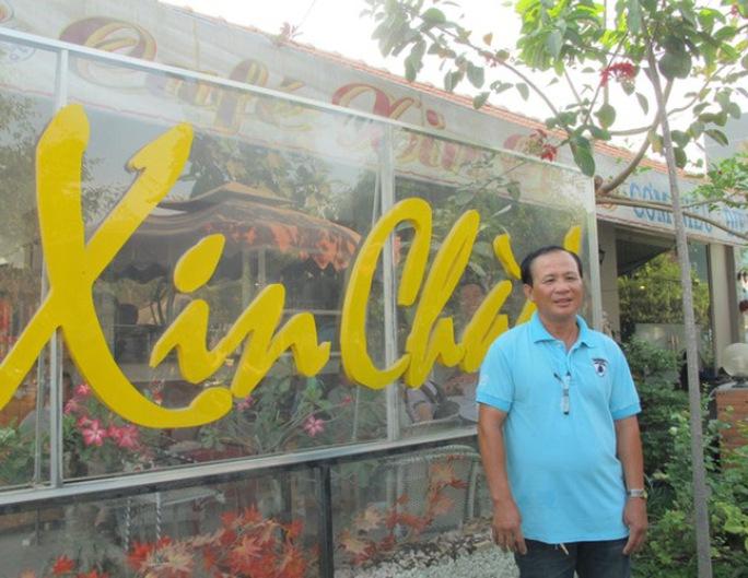 Ông Nguyễn Văn Tấn, chủ quán cà phê Xin Chào