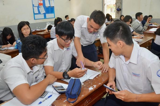 học sinh TP HCM ôn thi THPT quốc gia. Ảnh:T Ấn THẠNH