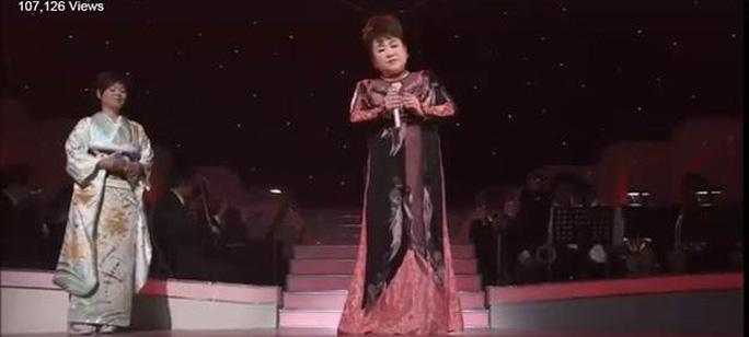 """Video clip ca sĩ Nhật Bản hát """"Diễm Xưa"""" hay tuyệt!"""