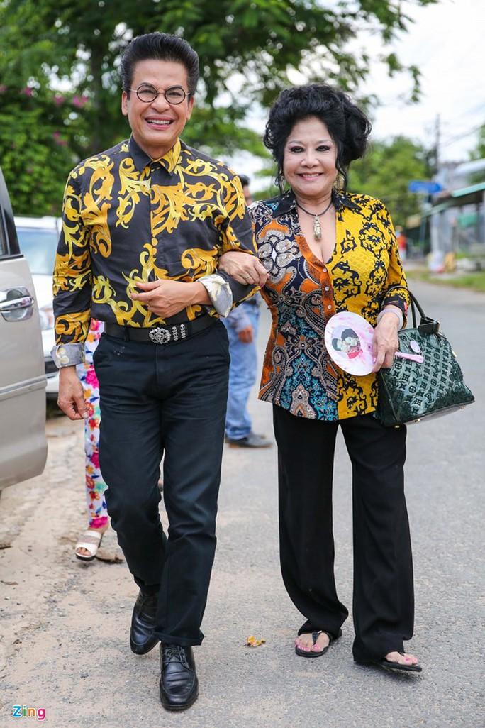 Đám cưới nghệ thuật của Thanh Bạch và bà Thúy Nga được tổ chức đến lần thứ 9