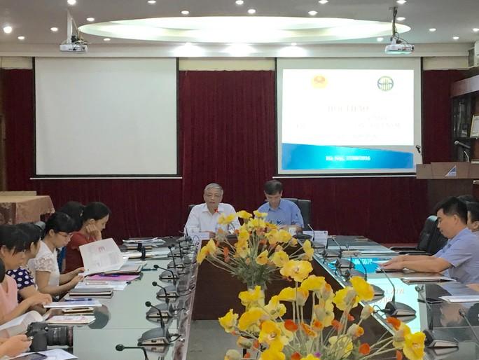 Đại diện lãnh đạo Bộ LĐ-TB-XH chủ trì buổi công bố bản tin cập nhật thị trường lao động-Ảnh: Văn Duẩn.