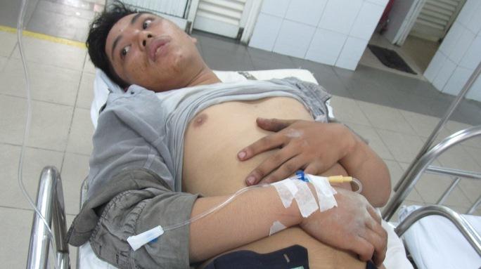 Anh Hoàng vẫn đang điều trị tại bệnh viện