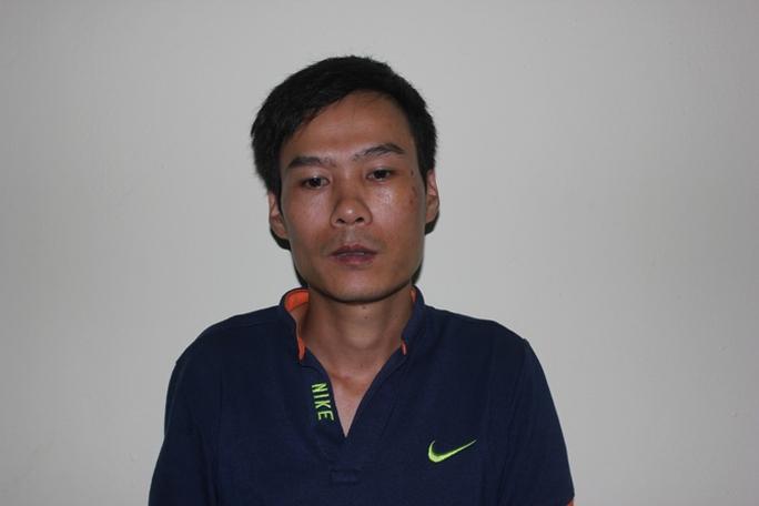 Nghi can Phạm Văn Tuân gây ra vụ truy sát kinh hoàng sau khi ra đầu thú tại cơ quan điều tra