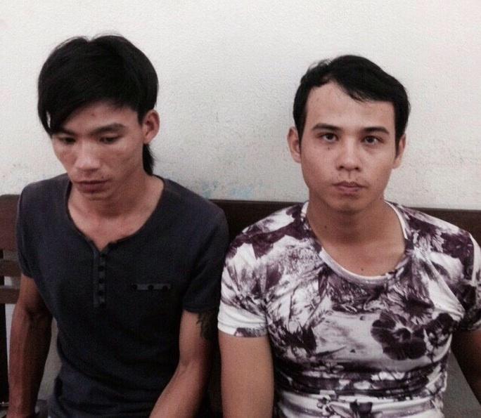 Sơn và Hoàng bị bắt sau 2 giờ gây án Ảnh: Công an cung cấp