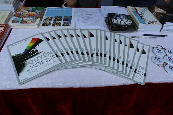 Tìm hiểu những tài liệu về cộng đồng LGBT
