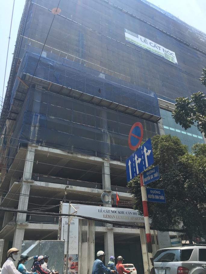 Tòa nhà Léman Laxury Apartments đang trong giai đoạn hoàn thiện
