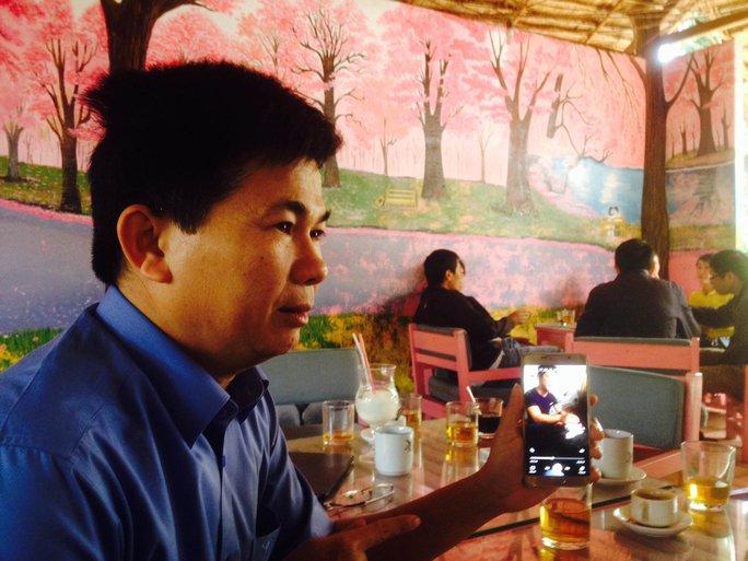 Ông Trần Minh Lợi trong lần gặp nhiều phóng viên tố cáo trung úy Lãnh Thanh Bình