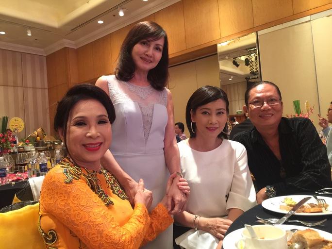 NSƯT Kim Xuân và NS Hiền Mai, Tuyết Thu, đạo diễn Đoàn Khoa