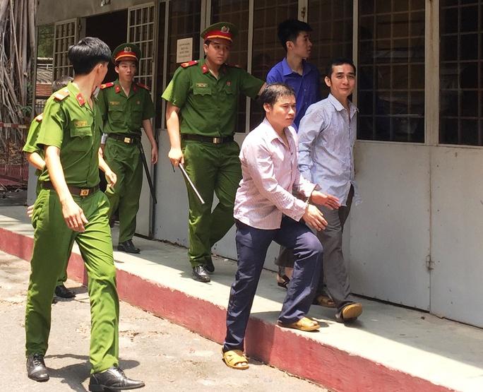 Bị cáo Lê Văn Cường lãnh 18 năm tù về tội Giết người