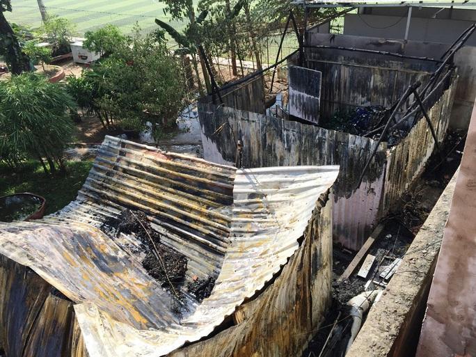 Hiện trường khi vụ cháy được dập tắt