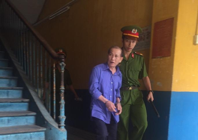 Yêu râu xanh Nguyễn Văn Hùng
