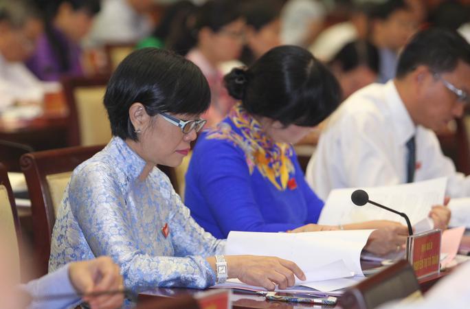 Các đại biểu tham dự kỳ họp sẽ tiến hành bầu nhân sự UBND TP