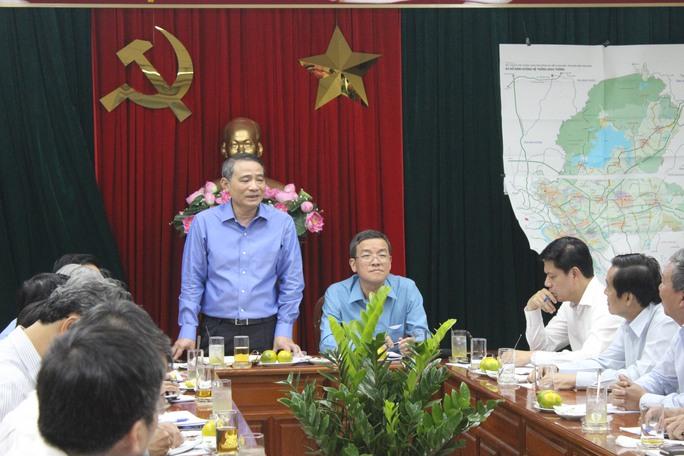 Làm việc với các đơn vị, bộ trưởng yêu cầu dồn sức với quyết tâm cao nhất