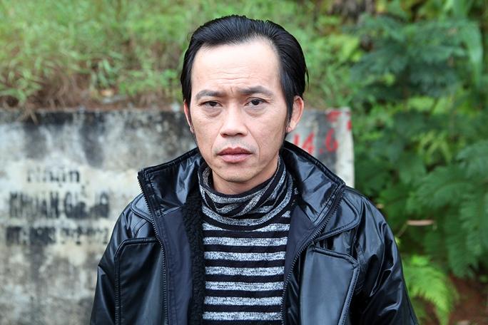 Danh hài Hoài Linh thủ 3 vai trong phim