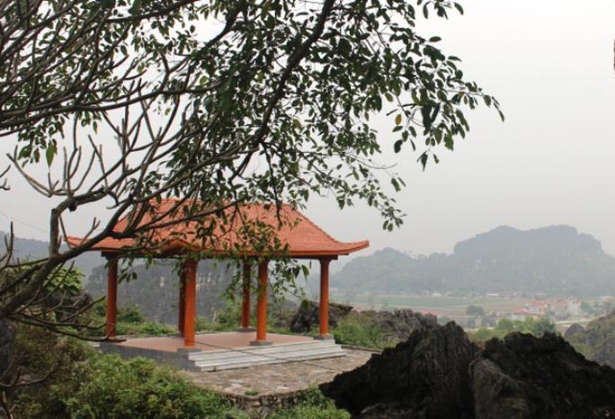 Vẻ đẹp của động Hồ Công khiến bao tao nhân, mặc khách tới đây xao lòng